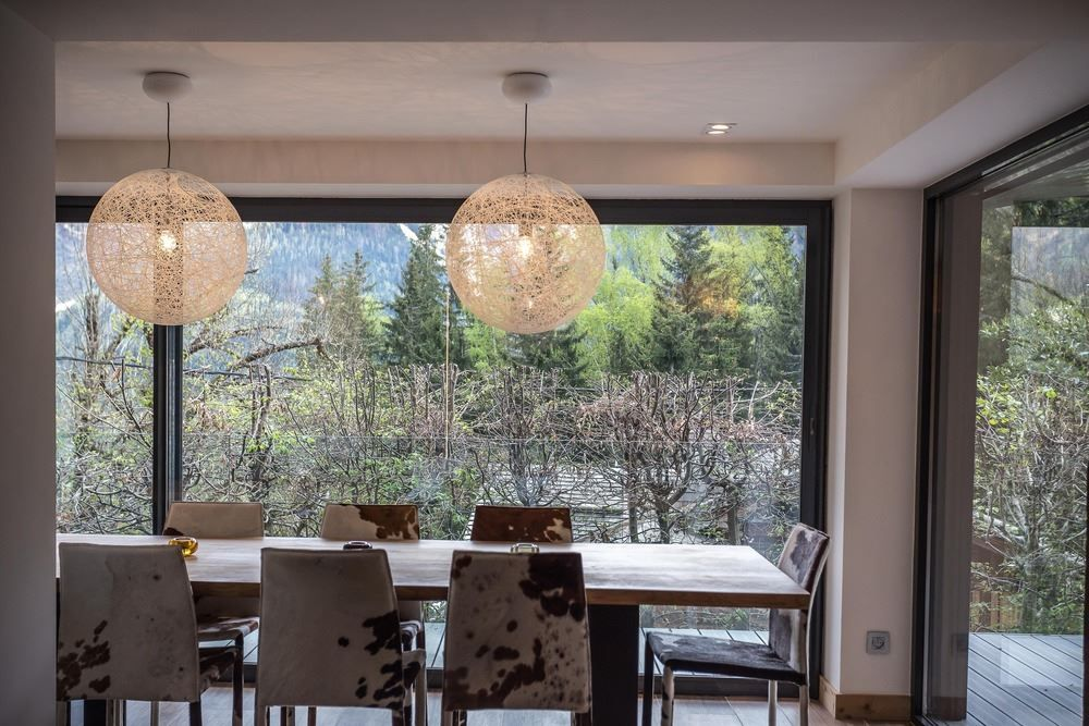 Chalet SOLEYÂ in France dining table with cowhide chairs