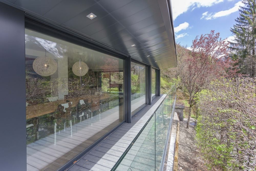 Chalet SOLEYÂ in France glass balustrade for balcony view