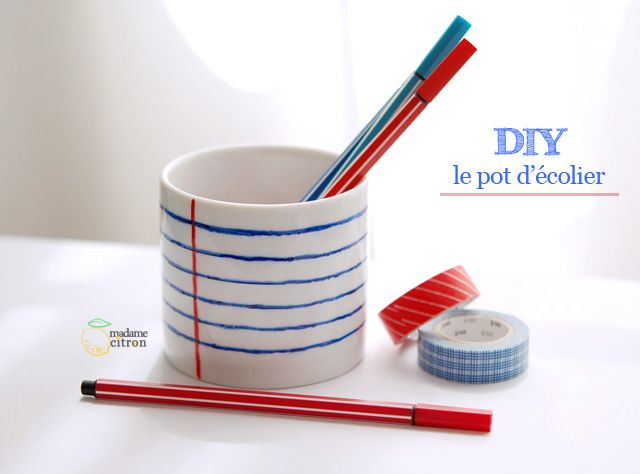 Colored porcelain mug