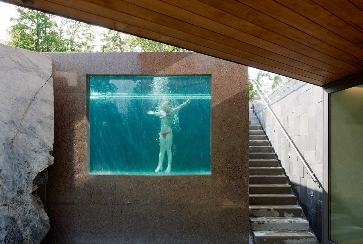 Concrete box swimming pool