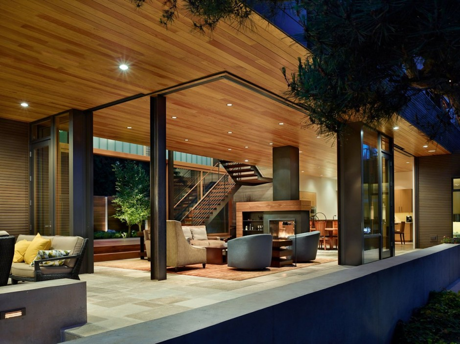 Courtyard House By DeForest Architects Interior
