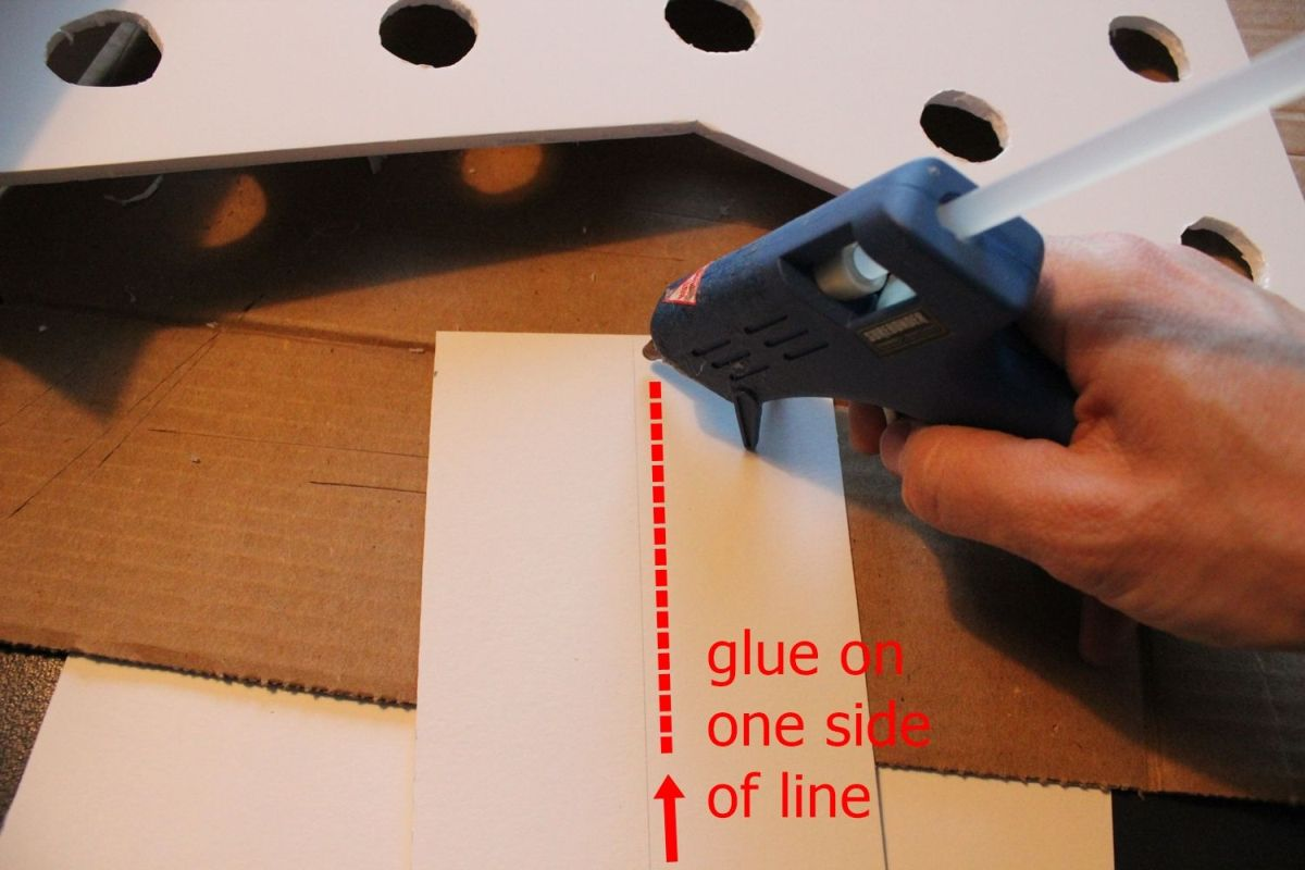 DIY Marquee Sign - glue