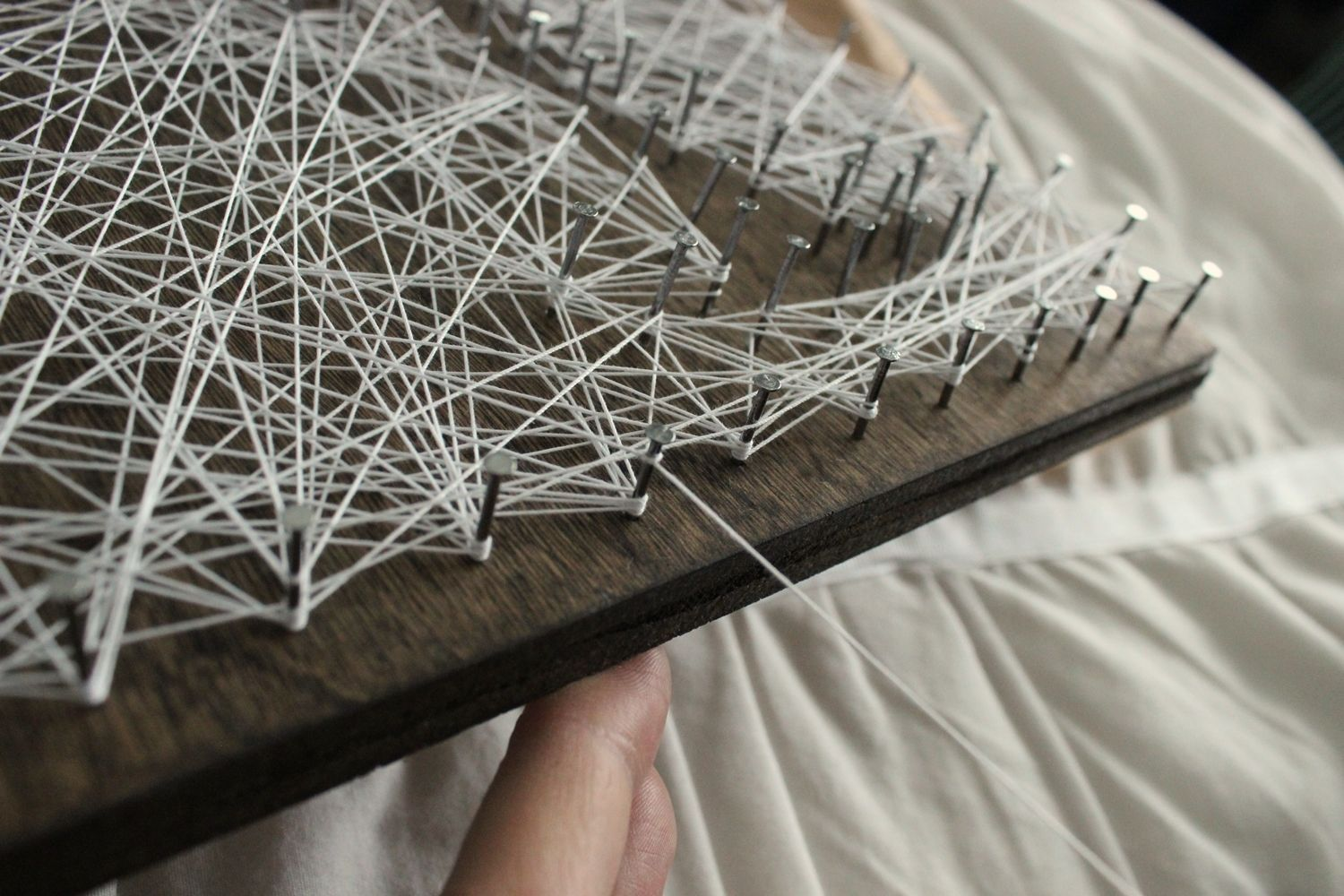 DIY String Art Tree - Repeat the loop-knot