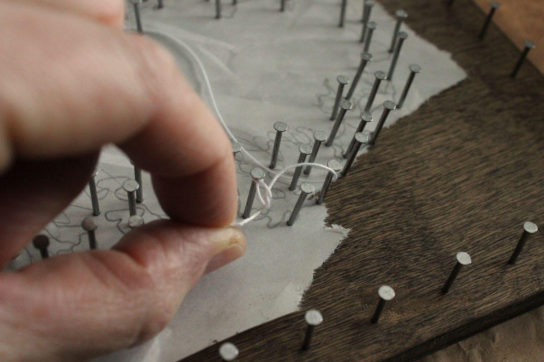 DIY String Art Tree - Tighten the loop