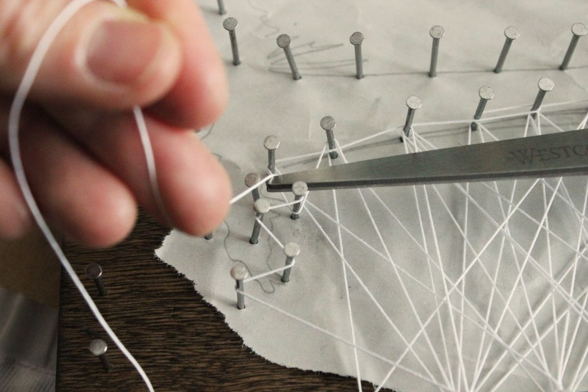 DIY String Art Tree - prove helpful to frame the silhouette