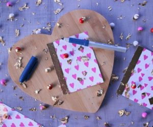 25 diy valentines day gifts for the men women children in your life sexy bedrooms ideas for valentines day diy valentines day cards for your husband your mom and everyone else solutioingenieria Image collections