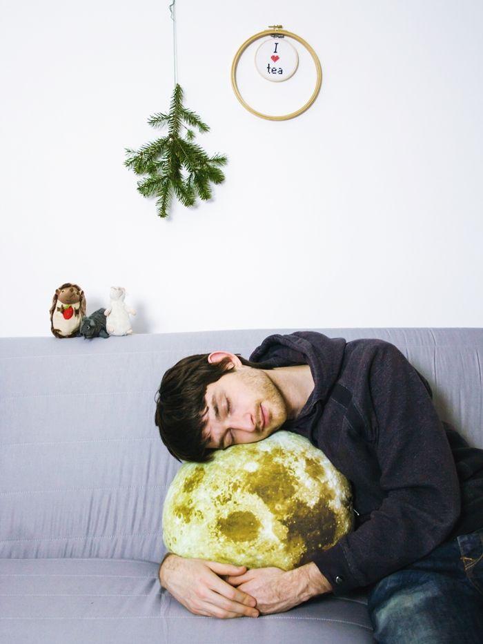 DIY moon throw pillow