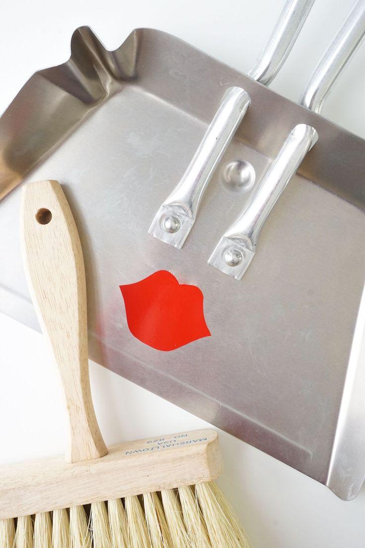 DIY pucker dustpan