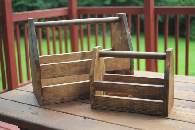 DIY rustic toolbox