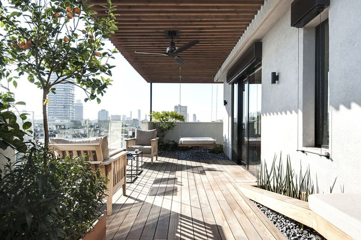 Duplex penthouse with roof terrace gets a graphical redesign for Where is terrace