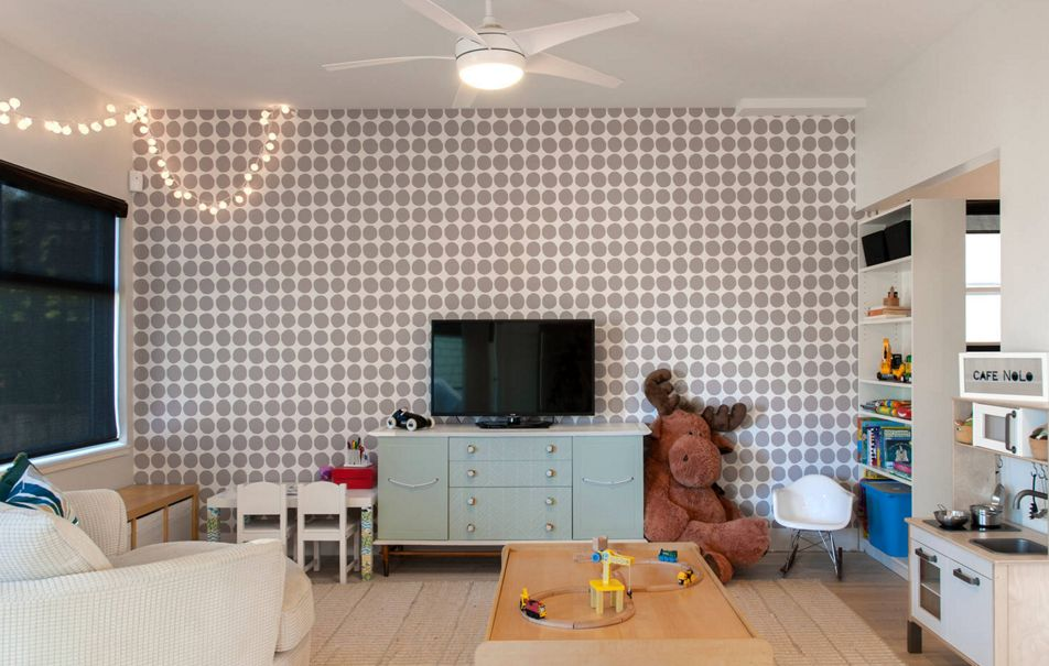 Geometric style with polk dots