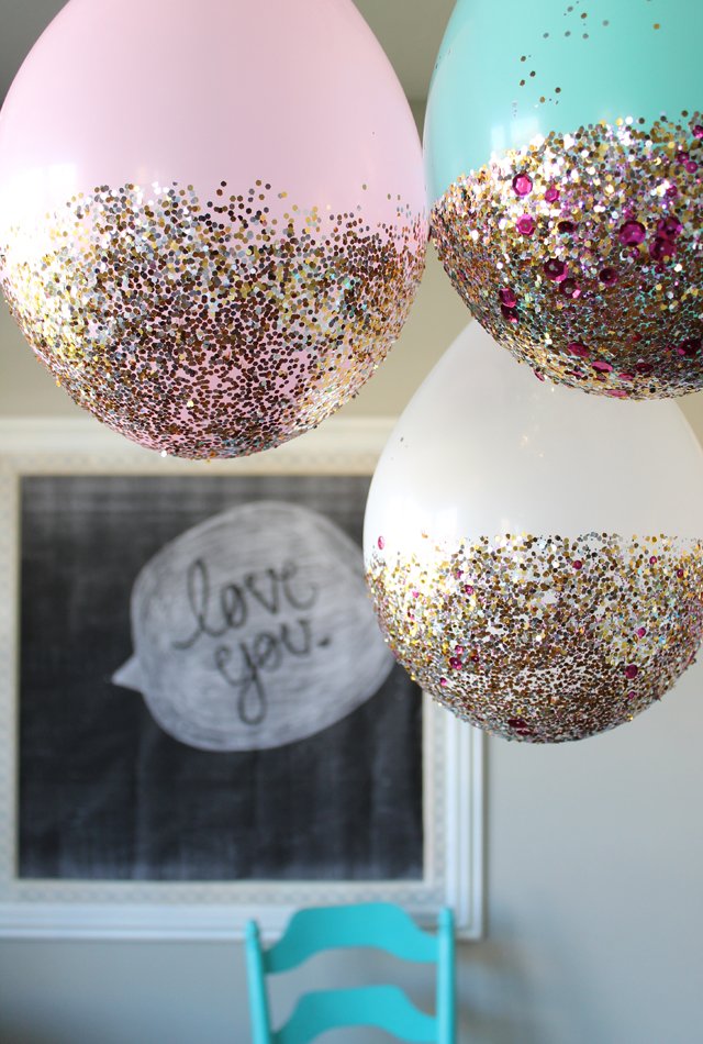 Glitterized Balloon Garland Clever and Unexpected Ways