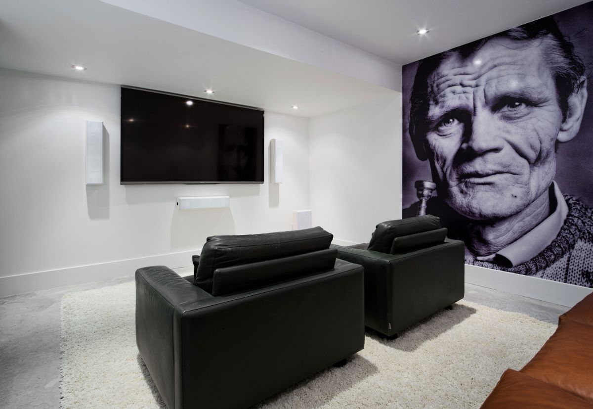 Heathdale Residence in Toronto home theater black and white