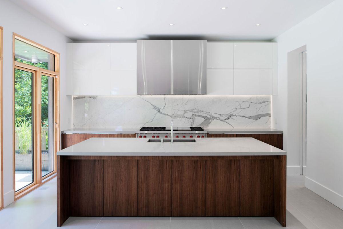 Heathdale Residence in Toronto kitchen marble backsplash