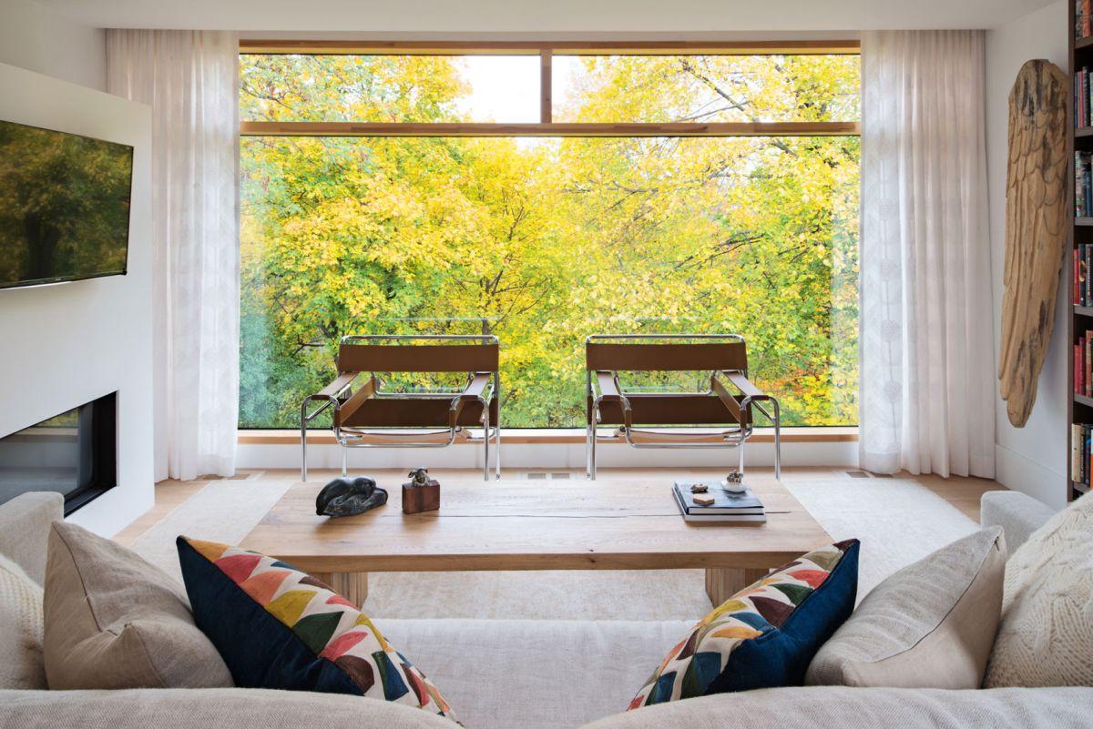 Heathdale Residence in Toronto living room view