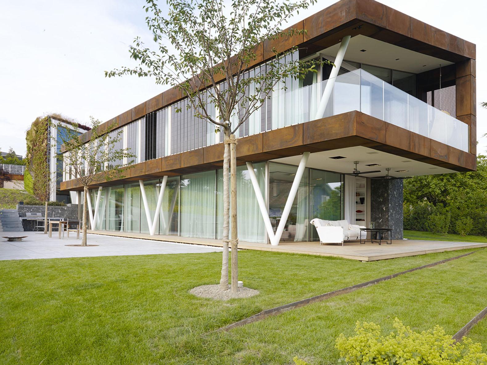Jewel Box Villa in Switzerland Archtiecture