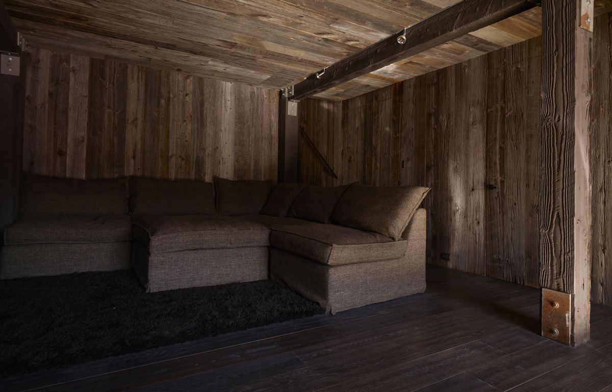 La Muna ski chalet brown color palette and use of wood