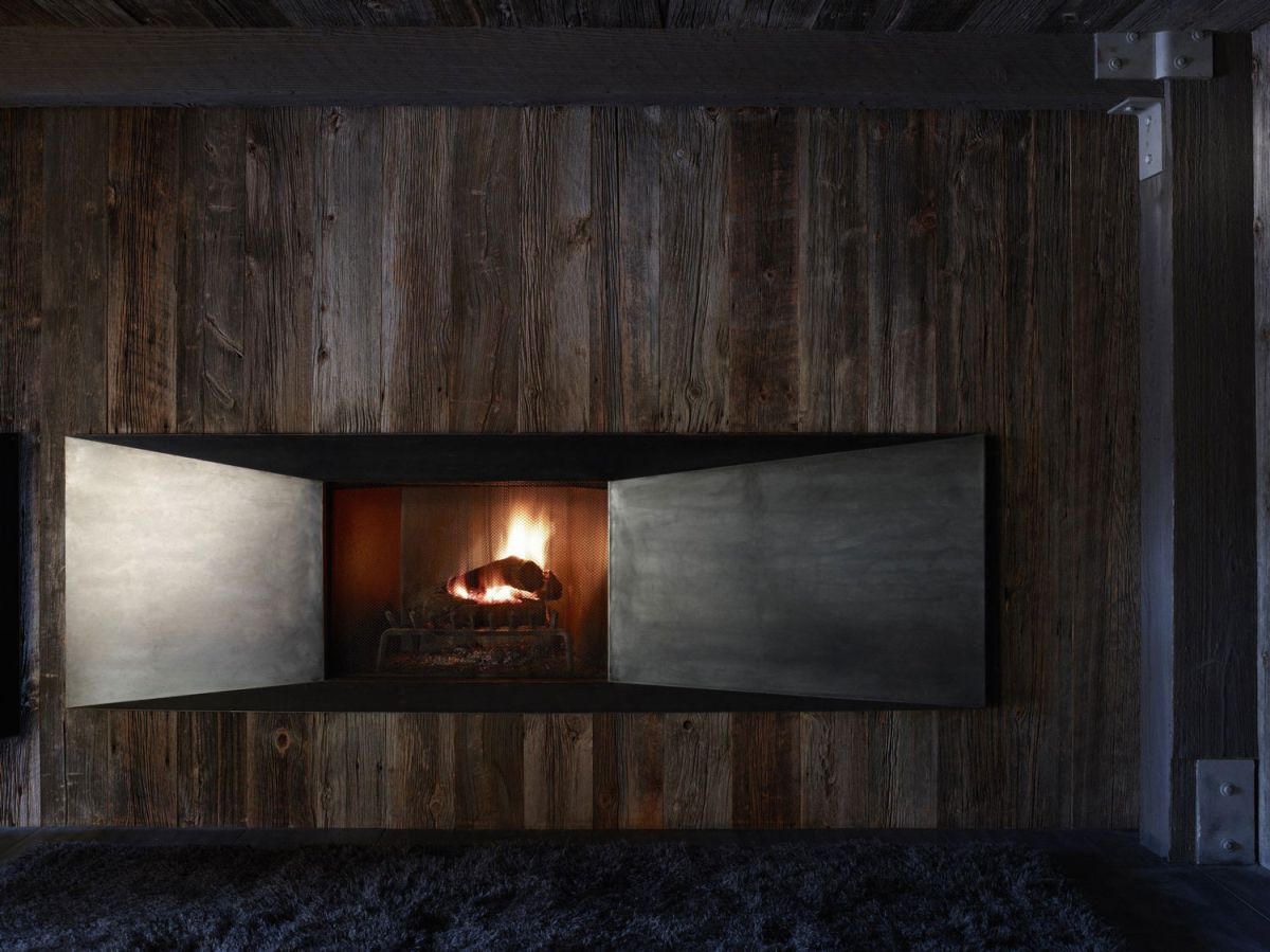 La Muna ski chalet wood-burning fireplace