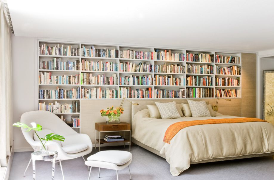 Clearly, this home belongs to some serious book lovers. The Womb Chair is one of the best choices for snuggling up to read.