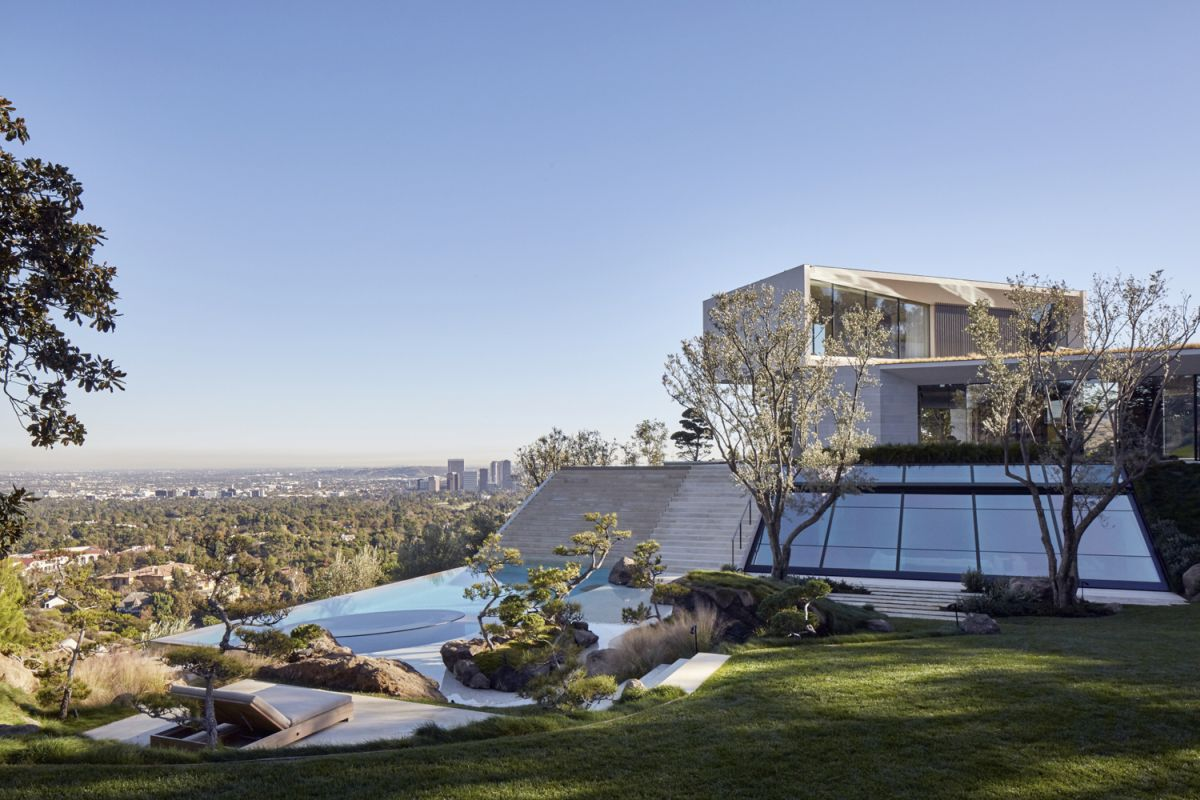 Michael Bay villa in Los Angeles location and views