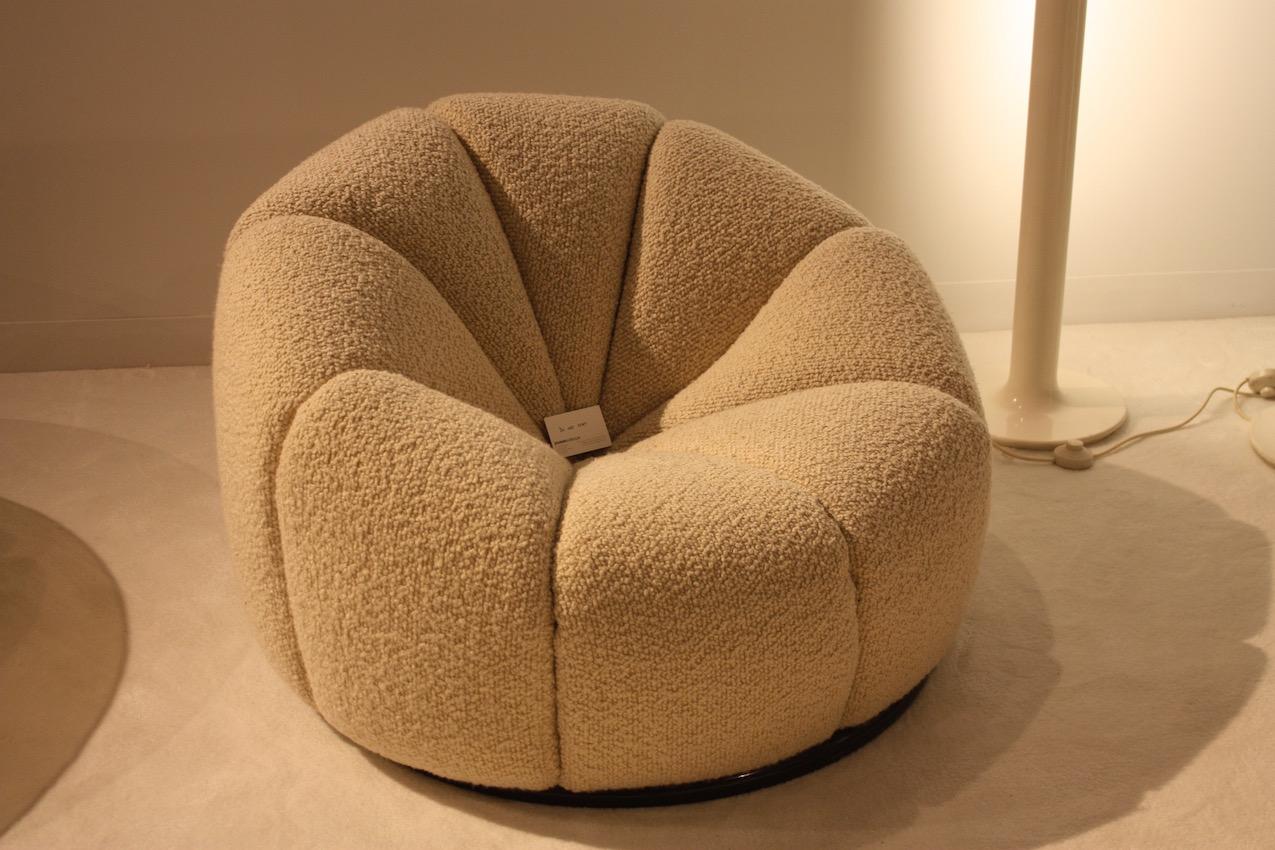 Paulin's famous Mushroom Chair.
