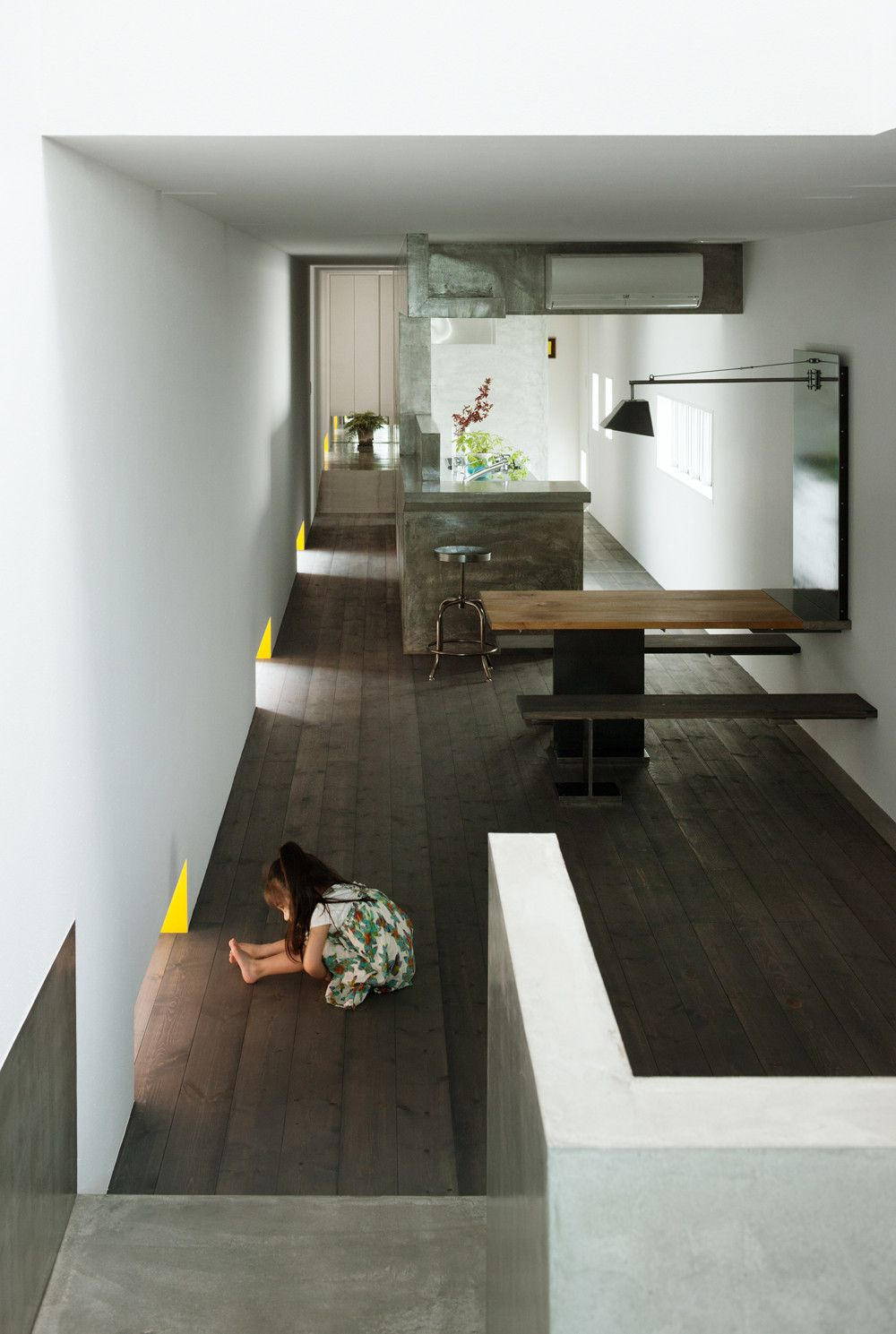 11 spectacular narrow houses and their ingenious design for Interior site