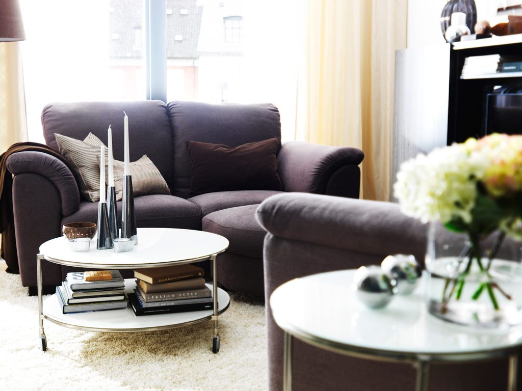 Ideas For Decorating A Small Sitting Room Part - 35: Nix The Giant Coffee Table