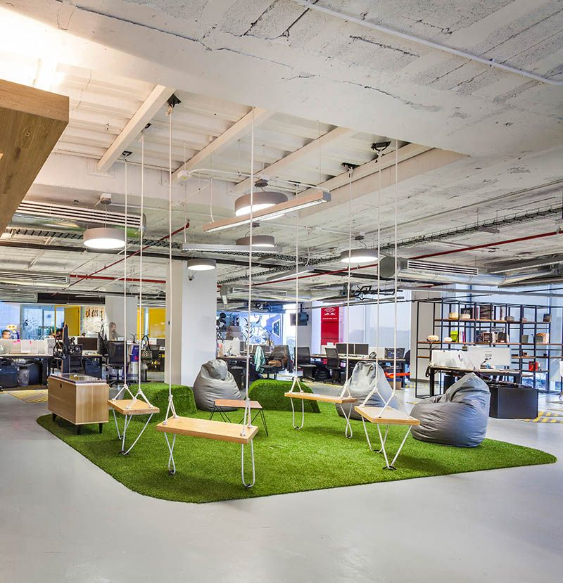 Inspiring office meeting rooms reveal their playful designs for Open space home designs