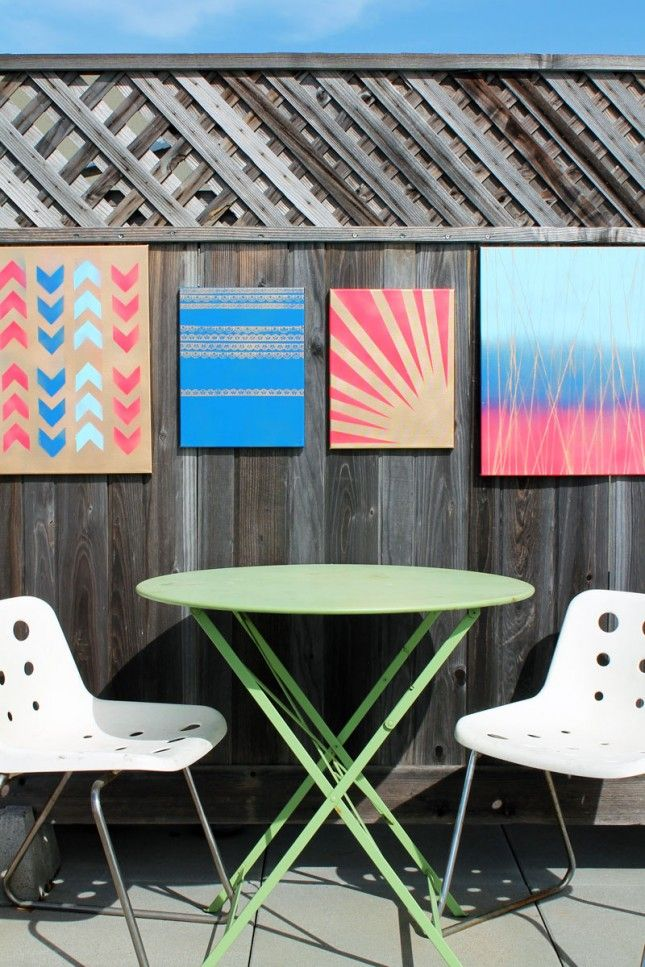 Outdoor fence decorted with spray painted frames