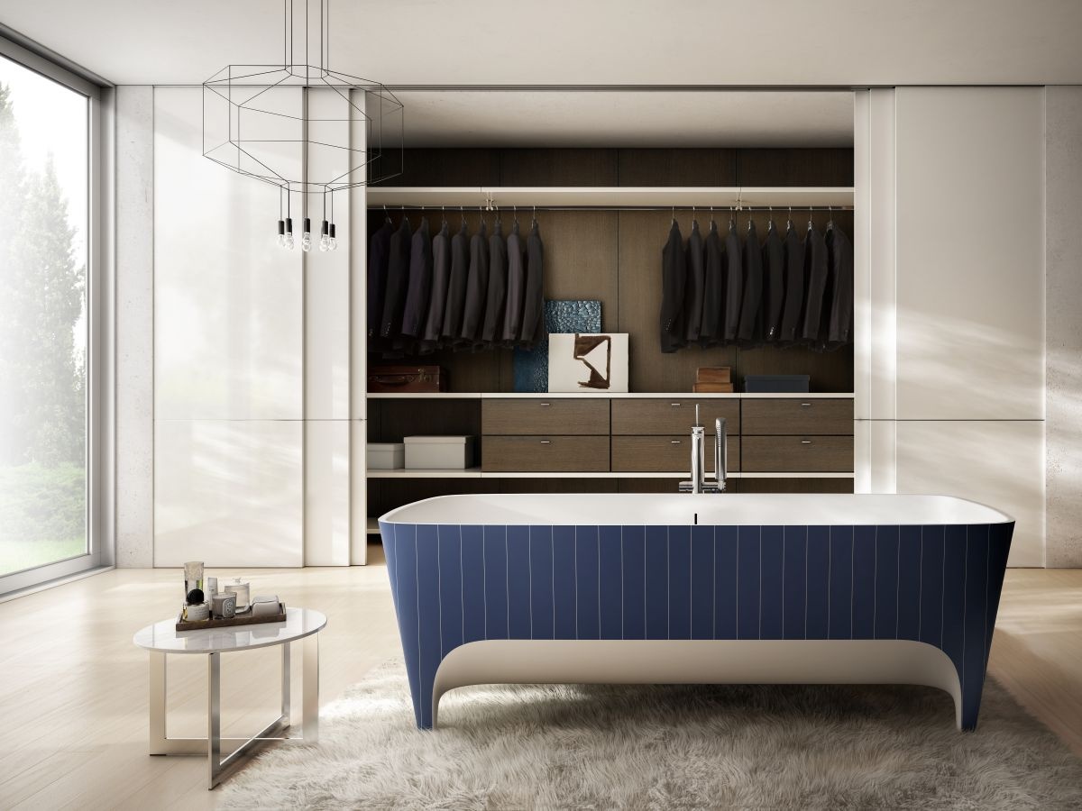 Pinstripe bathtub design
