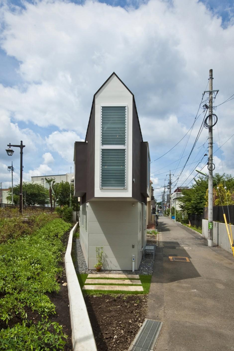 River Side House in Horinouchi Design