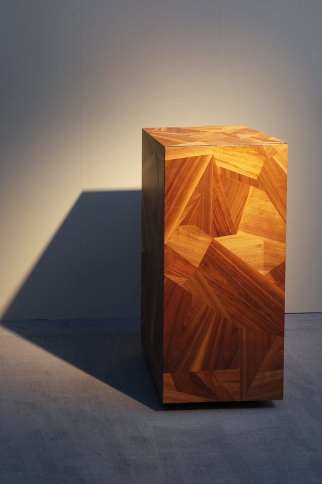 Ruben Beckers has a new take on the traditional veneer process.