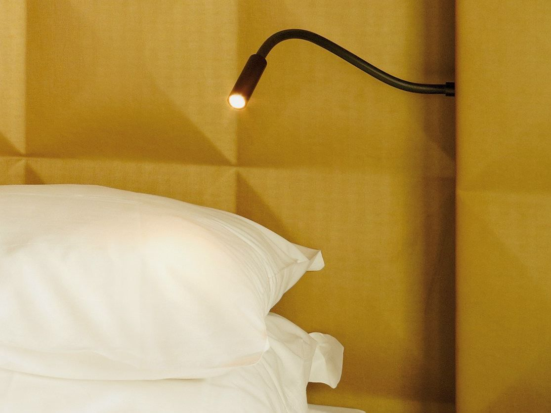 Scar LED bedroom wall lamp