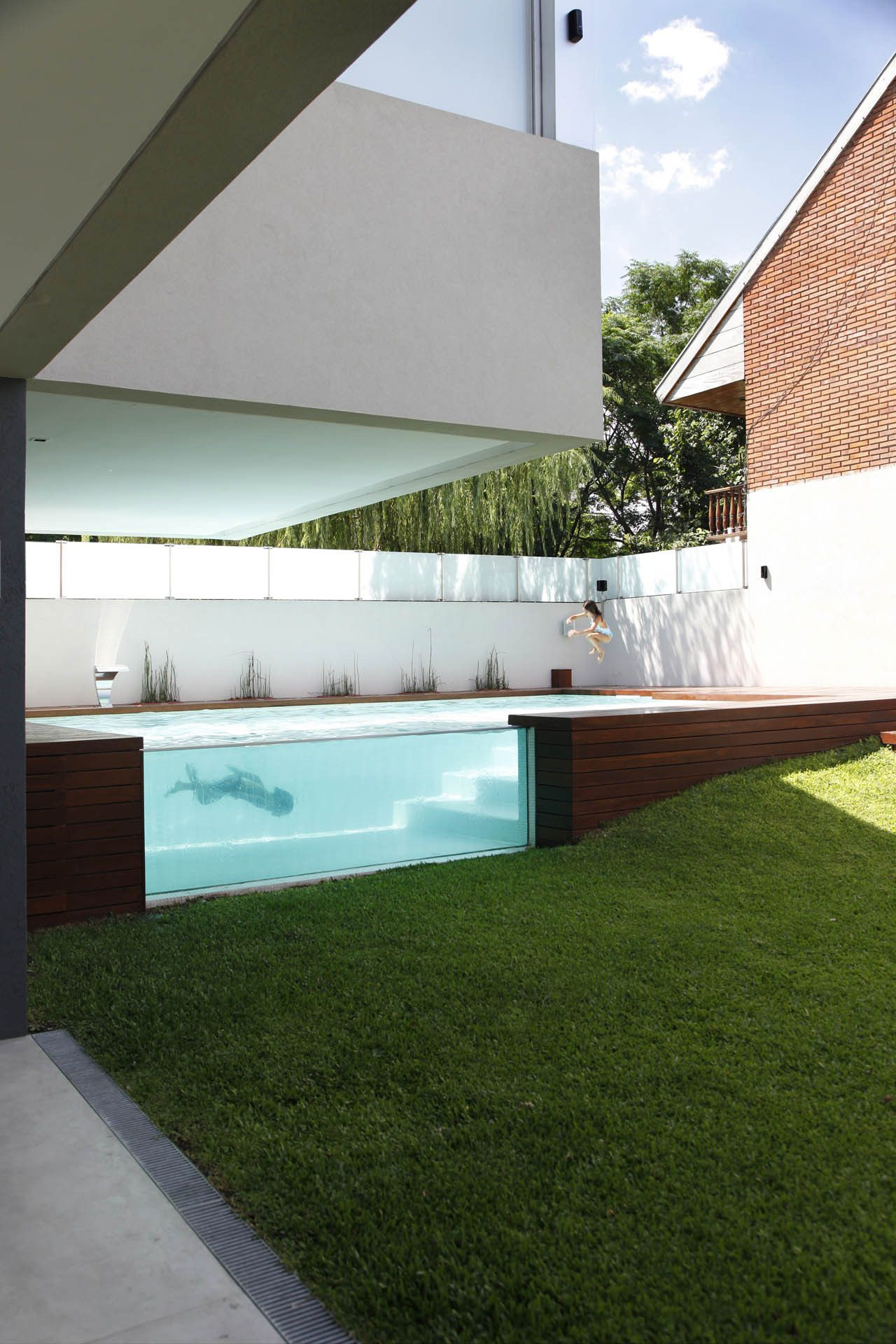 See Through Swimming pool Devoto House by Andres Remy Arquitectos