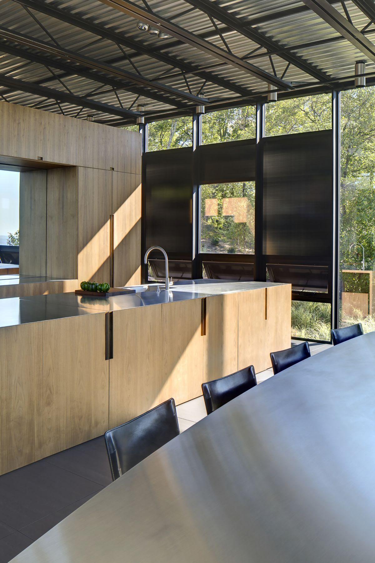 Shokan house Kitchen corner