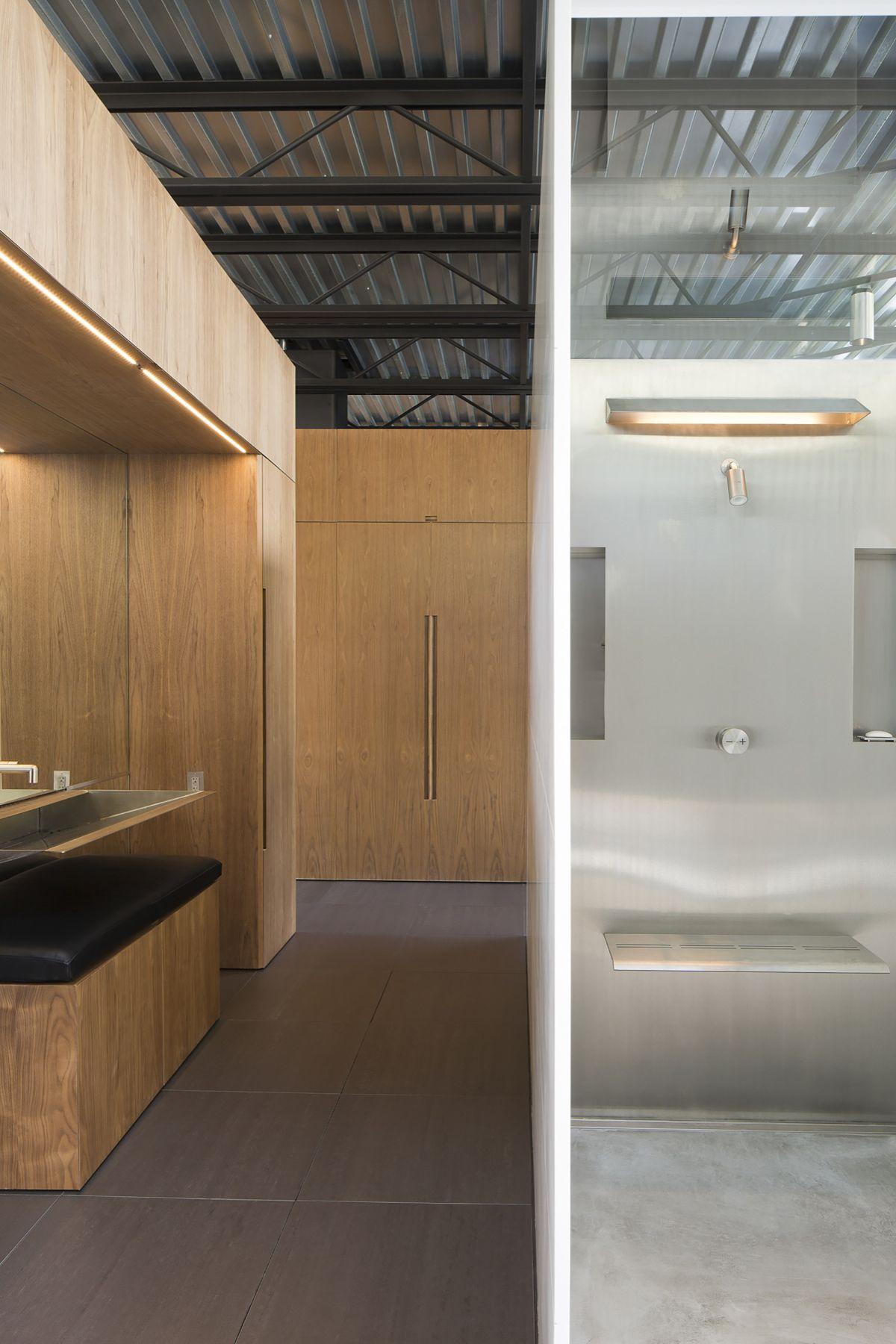 Shokan house bathroom design