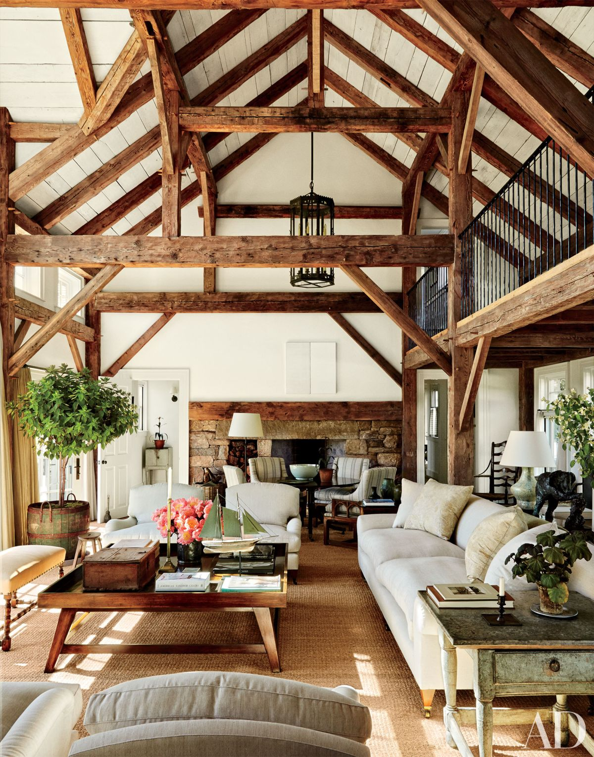 Expose your rusticity with exposed beams - Chic country house architecture with adorable interior design ...