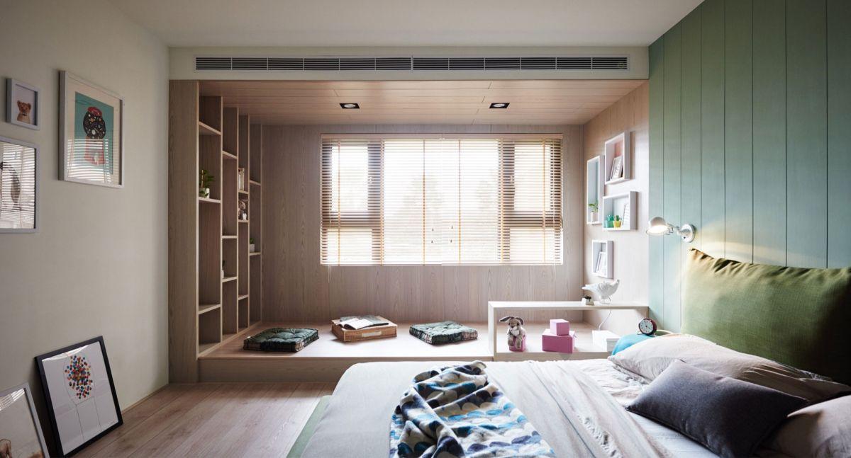 The Family Playground parents bedroom platform
