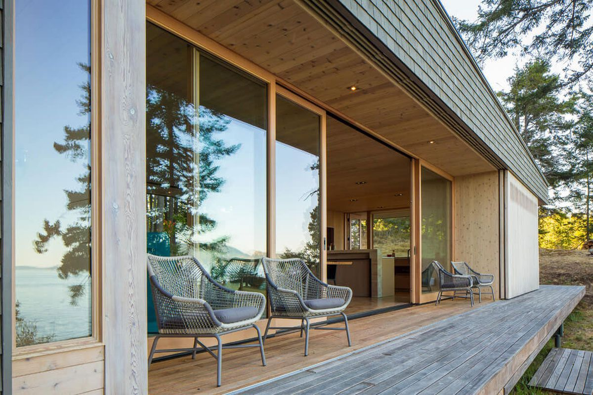 The Lone Madrone retreat deck extension