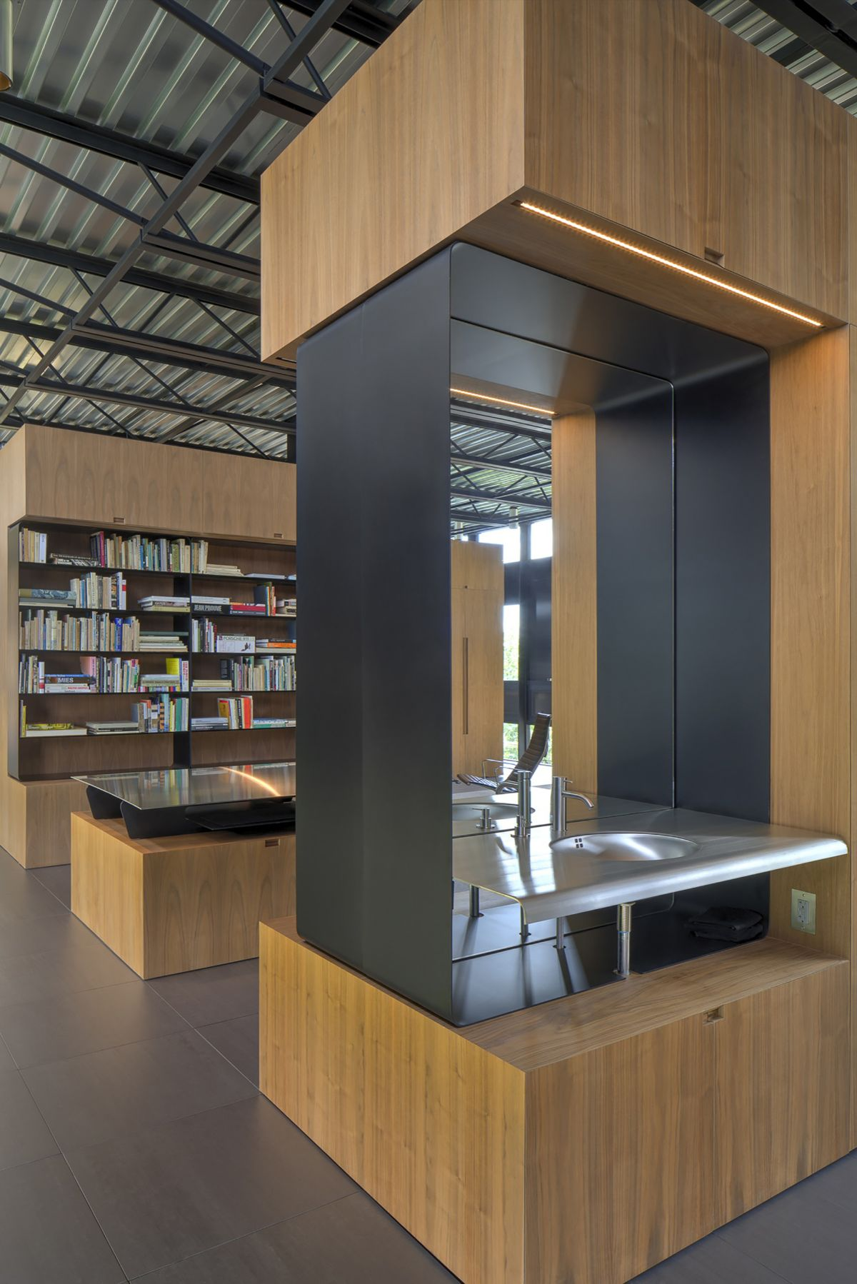 The Shokan House library interior design