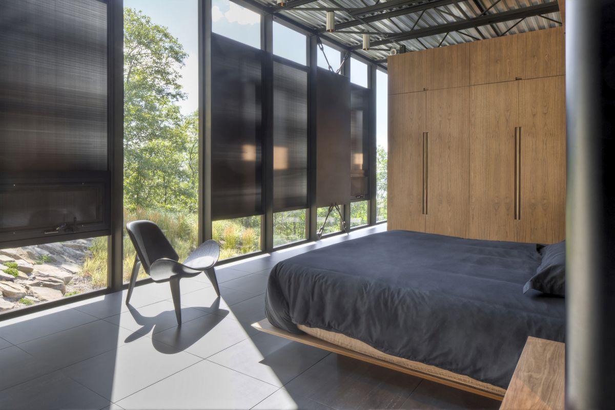 The Shokan House master bedroom