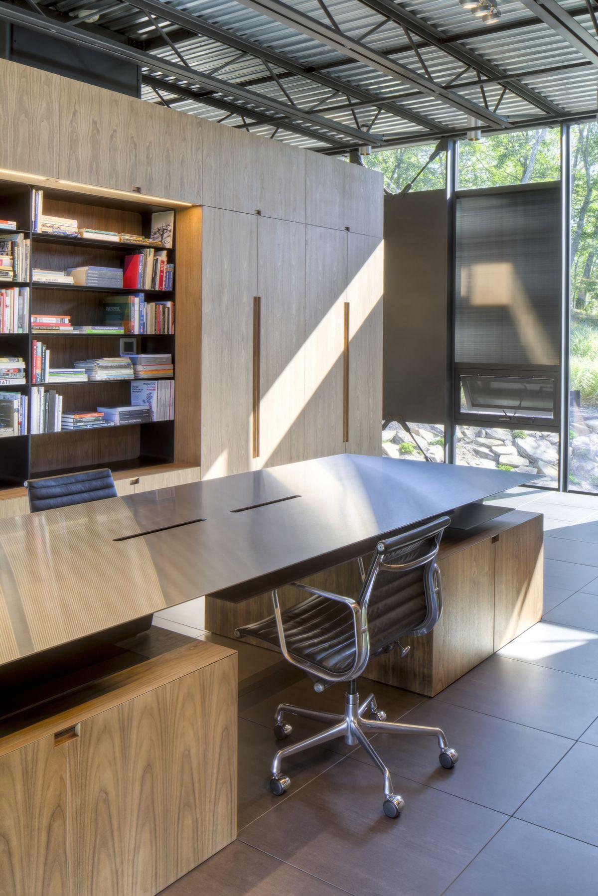 The Shokan House modern library desk