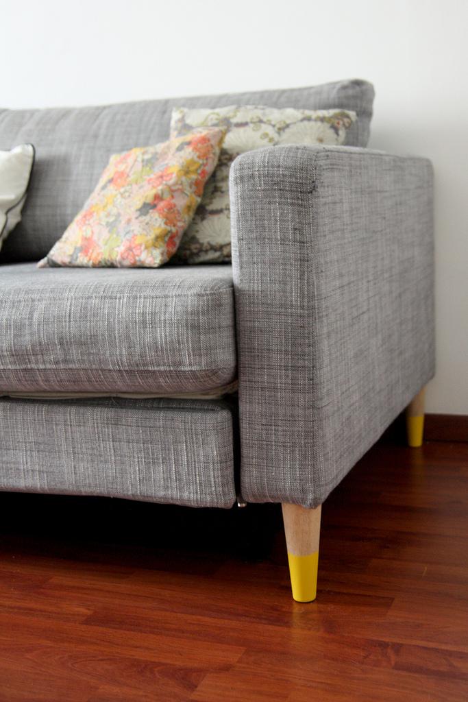 Verwenden Sie Möbel mit dünnen Beinen