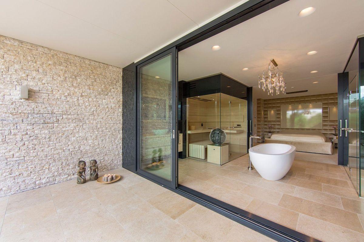 Villa New Water by Waterstudio.NL bathroom spaciousness