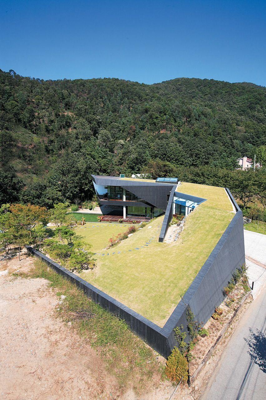 Villa Topoject Angle View