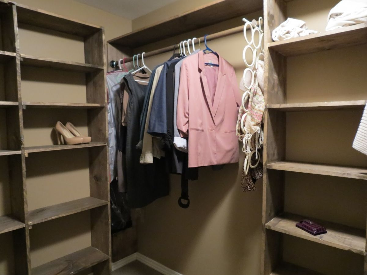 Walk In Closet Shelves From Wood