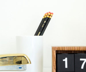 Flip-Clock Inspired Desk Calendar