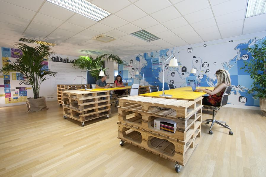 sustainable and Eco-friendly decor with pallets