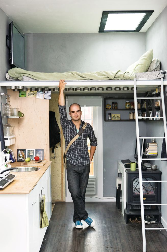 Eli Meir Kaplan for Dwell Jay Austin in his home at Boneyard Studios in Washington, DC on Tuesday, August 6, 2013.