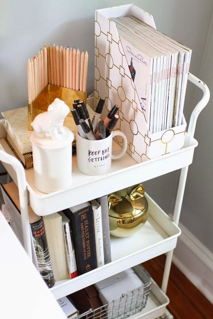 Bedside table cart